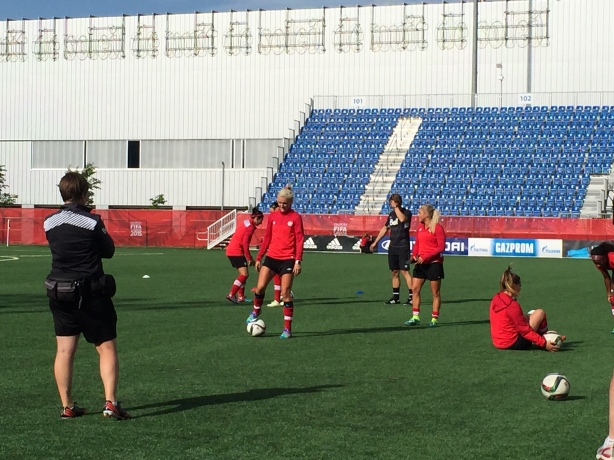 Team Canada and Kaylyn Kyle train in Edmonton, Alberta as they prepare to take on New Zealand at the World Cup.