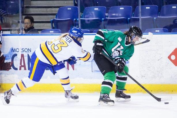 womenshockey_joshcurran-ubyssey